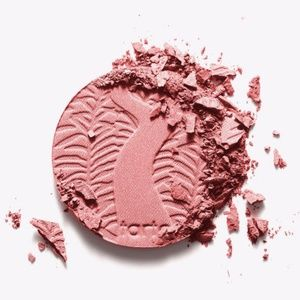 Tarte Amazonian Clay 12 hour blush Peaceful
